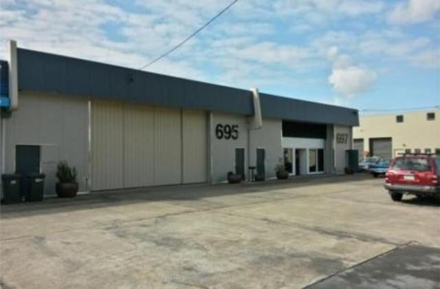 697 Pine Ridge Road, BIGGERA WATERS QLD, 4216