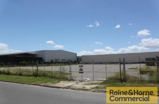 7-11 Badu Court, MEADOWBROOK QLD, 4131
