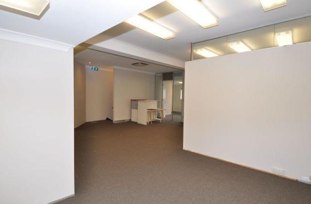 135 Mann Street, GOSFORD NSW, 2250