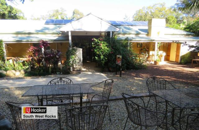 2 Cockatoo Place, ARAKOON NSW, 2431