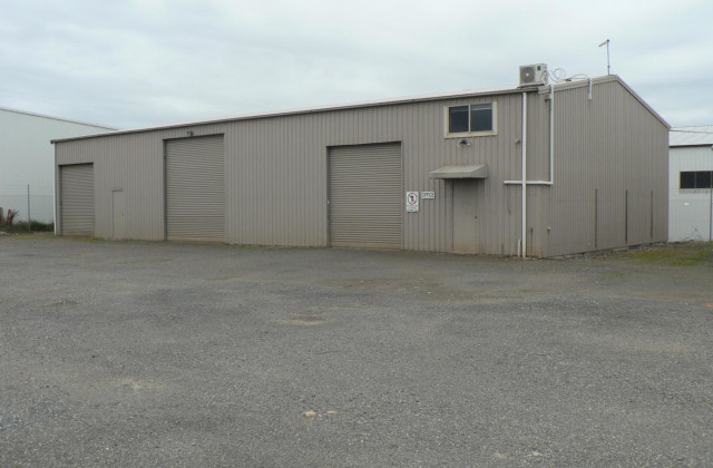 37B & 37C Grandlee Drive, WENDOUREE VIC, 3355