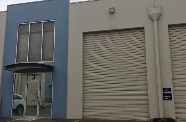 3//3 Dunlop Court, BAYSWATER VIC, 3153