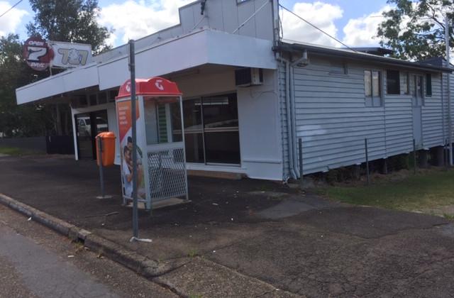 11 Holmes Street, NORTH IPSWICH QLD, 4305