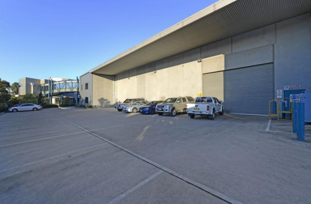 47-51 Westpool Drive, HALLAM VIC, 3803
