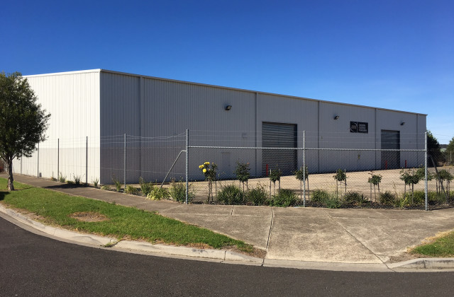 25-27 Industrial Place, BREAKWATER VIC, 3219