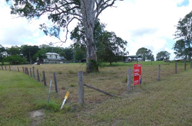 1208 Saltwater Creek Road, ST HELENS QLD, 4650