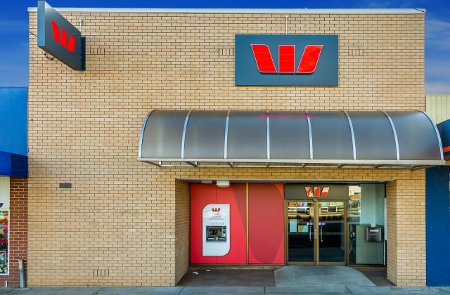 323 Urana Road, LAVINGTON NSW, 2641