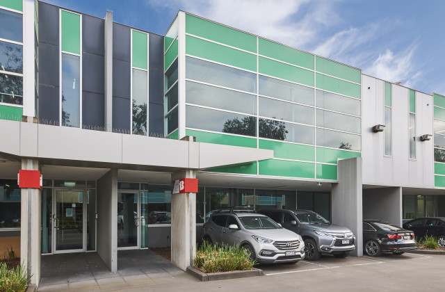 13/21 Sabre Drive, PORT MELBOURNE VIC, 3207