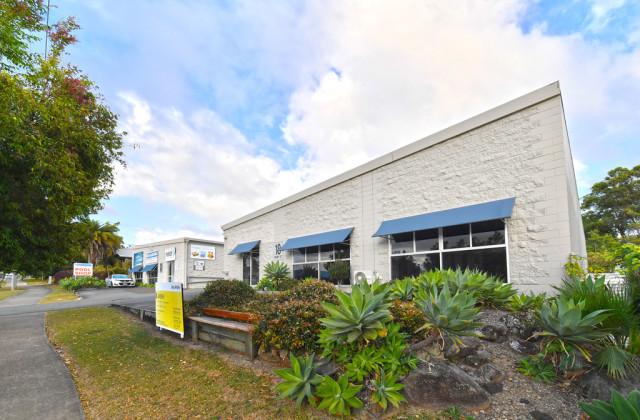 Unit 2/18 Rene Street, NOOSAVILLE QLD, 4566