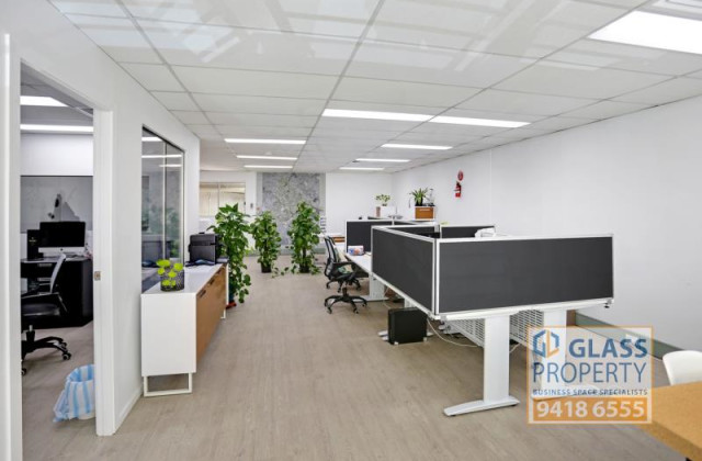 43 College Street, GLADESVILLE NSW, 2111