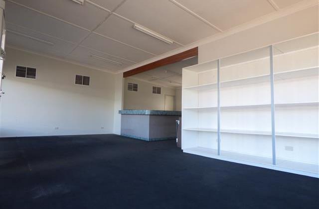 33 Hawthorne Street, ROMA QLD, 4455
