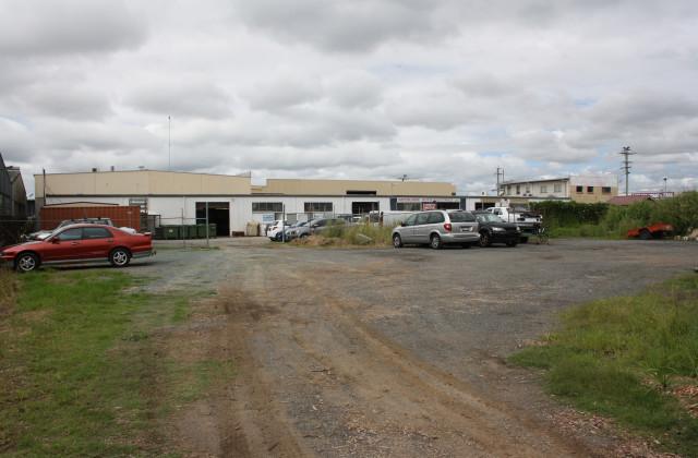 483 Newman Road, GEEBUNG QLD, 4034