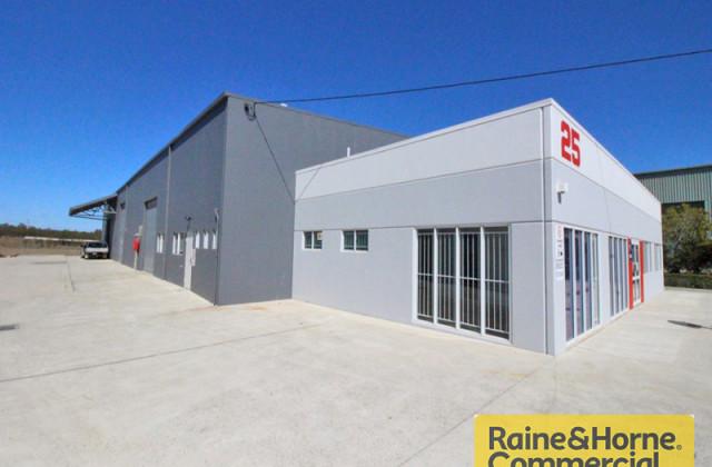25 Deakin Street, BRENDALE QLD, 4500