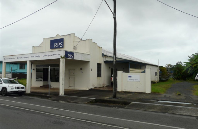 15 Ernest Street, INNISFAIL QLD, 4860