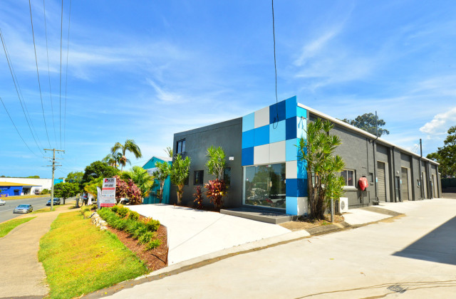 Unit 2/10 Rene Street, NOOSAVILLE QLD, 4566