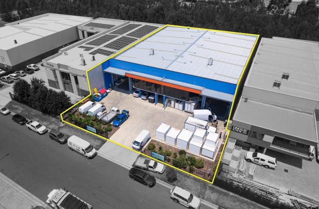 Unit 1 & Unit 2/7 Waler Crescent, SMEATON GRANGE NSW, 2567