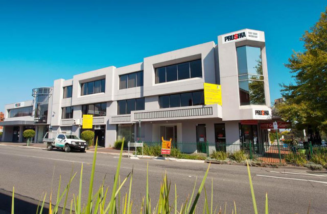 Ground Floor/526 Whitehorse Road, MITCHAM VIC, 3132