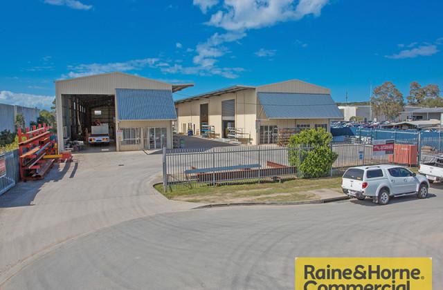 42-44 Robson Street, CLONTARF QLD, 4019