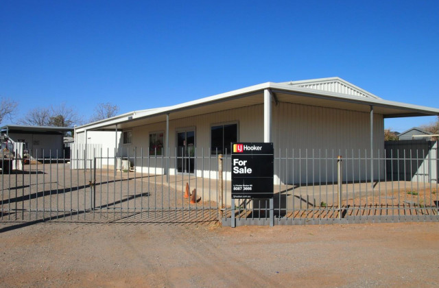 24 Silver Street, BROKEN HILL NSW, 2880