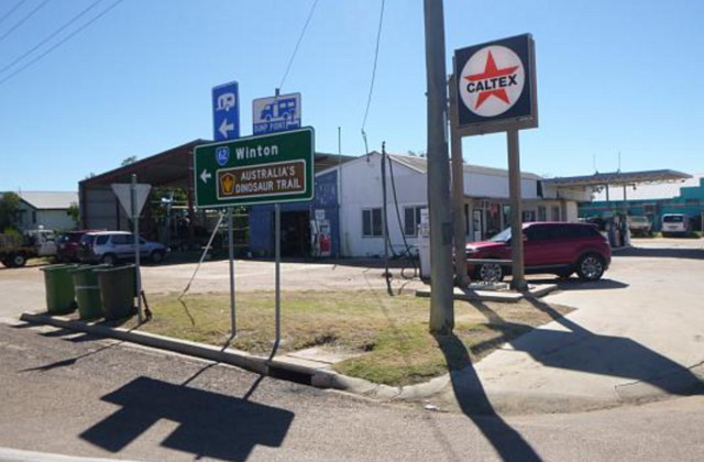 10 - 12 Gray Street, HUGHENDEN QLD, 4821