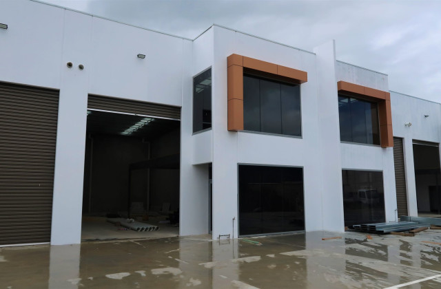11/24 Bormar Drive, PAKENHAM VIC, 3810