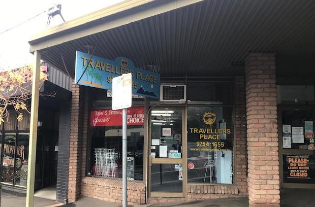 8 Main Street, UPWEY VIC, 3158
