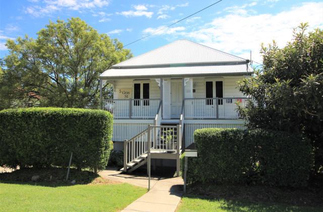 5 Gray Street, IPSWICH QLD, 4305