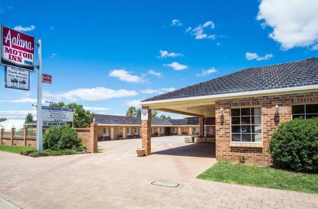 COWRA NSW, 2794