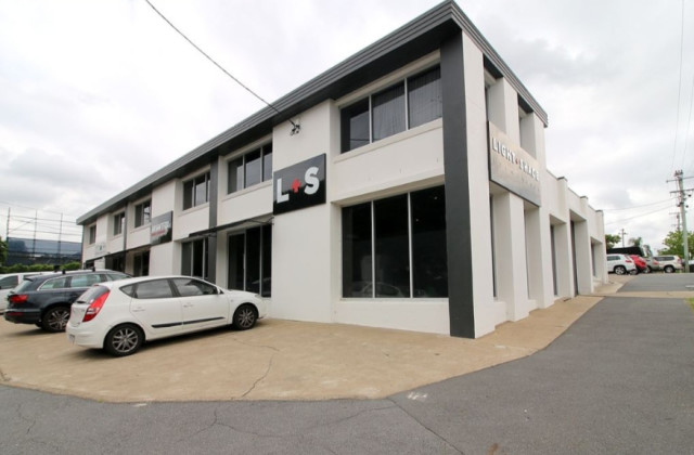 Suite/24 Edmondstone Road, BOWEN HILLS QLD, 4006