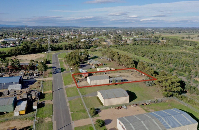 34 Giles Street, BAIRNSDALE VIC, 3875