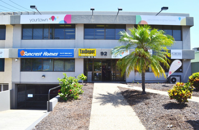 Suites 9 & 10/92 George Street, BEENLEIGH QLD, 4207