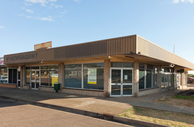 68 - 72 Robert Street, TAMWORTH NSW, 2340