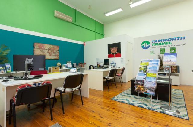 Shop 13 345 Peel Street, TAMWORTH NSW, 2340