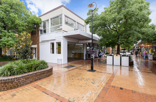 8 The Centre, FORESTVILLE NSW, 2087