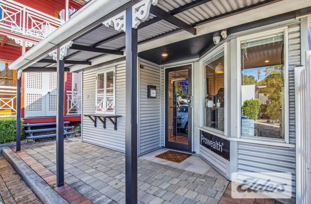 15 Latrobe Terrace, PADDINGTON QLD, 4064