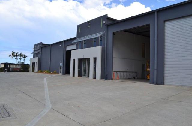2/7 Waterway Drive, COOMERA QLD, 4209