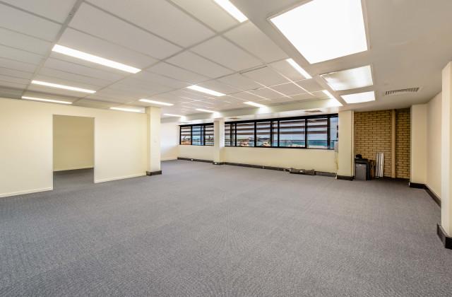 Suite 2, L2/87 Marine Terrace, GERALDTON WA, 6530