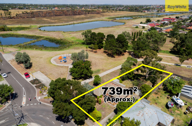 3 Pennell  Avenue, ST ALBANS VIC, 3021