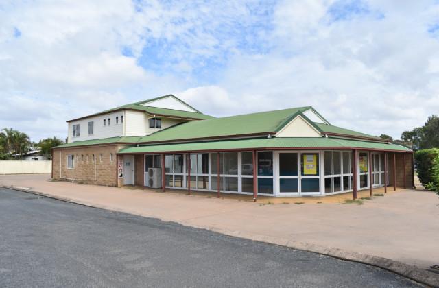 Shop 1 & 2 /65 Hospital Road, EMERALD QLD, 4720