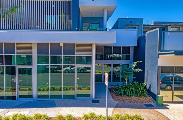 4 & 5/70-78 Bay Terrace, WYNNUM QLD, 4178