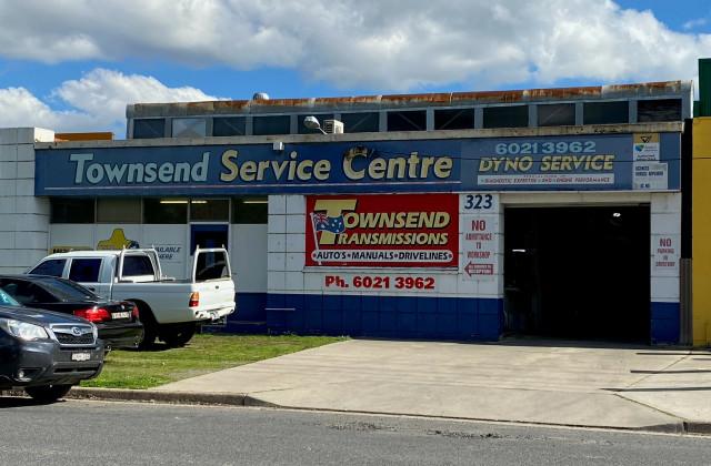 323 Townsend St, SOUTH ALBURY NSW, 2640