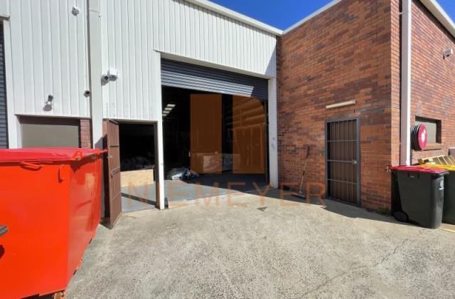 15-17 Garema Circuit, KINGSGROVE NSW, 2208