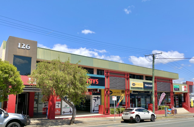 126 Scarborough Street, SOUTHPORT QLD, 4215
